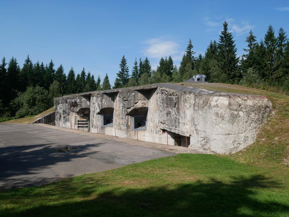 Pevnost Hanička a opevnění