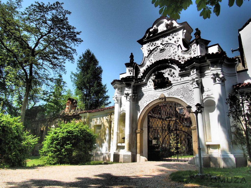 Zámek a hrad Líčkov